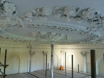 Kingston Maurwood Ceiling